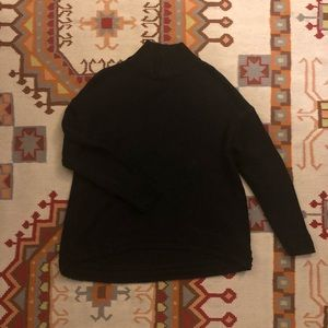 Old Navy Black Mockneck Turtleneck sweater